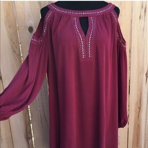 Burgundy Could Shoulder Embellished Tunic